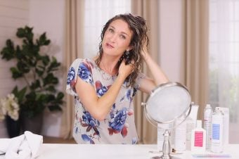 Anne teaches how to style curly hair