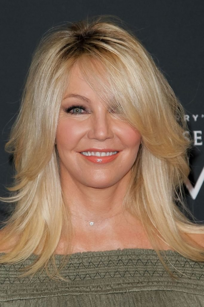 Shoulder length hairstyle to make you look younger - Heather Locklear