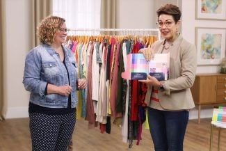 Carol Tuttle teaches Teresa how to use Style Kit