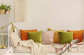 colors of summer to decorate with and dress in